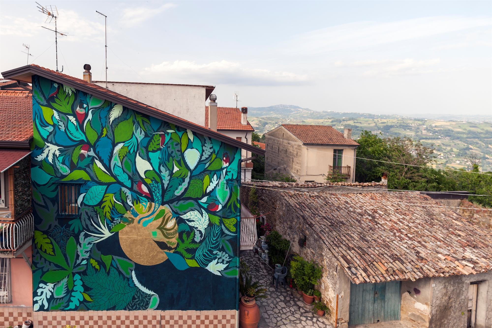 5 street artists meet the art of Salvatore Ferragamo
