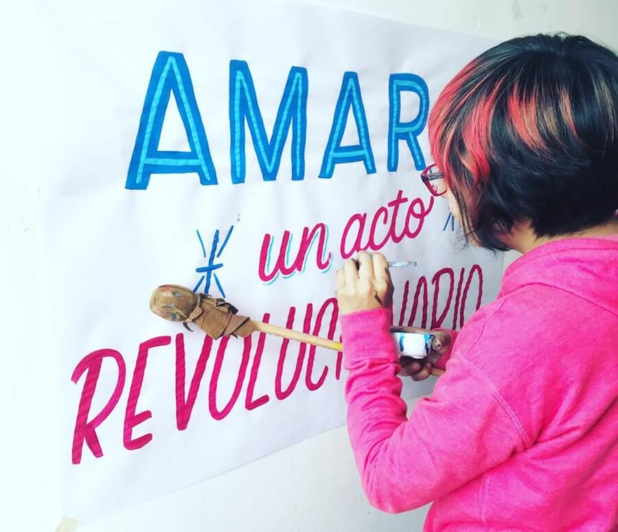 Alina Kiliwa es uno de los nuevos talentos del lettering