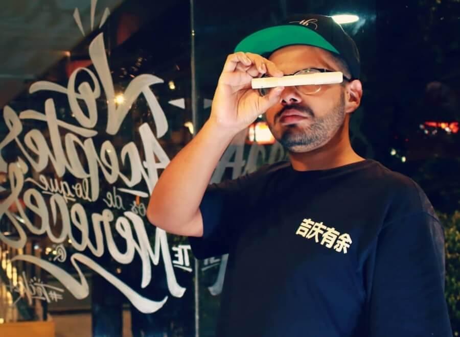 Teck 24 uno de los mayores exponentes del calligraffiti colombiano